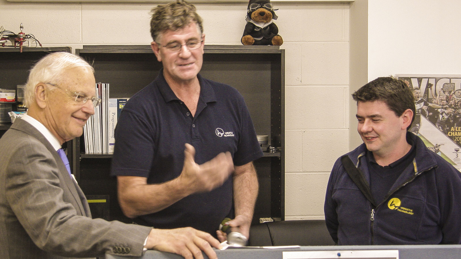 Governor Alex Chernov visits Versatile Technology.